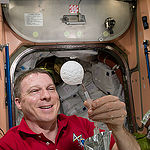 ISS043E276537 (05/31/2015) --- Expedition 43 Commander and NASA astronaut Terry Virts creates a sphere of bubbles in the station